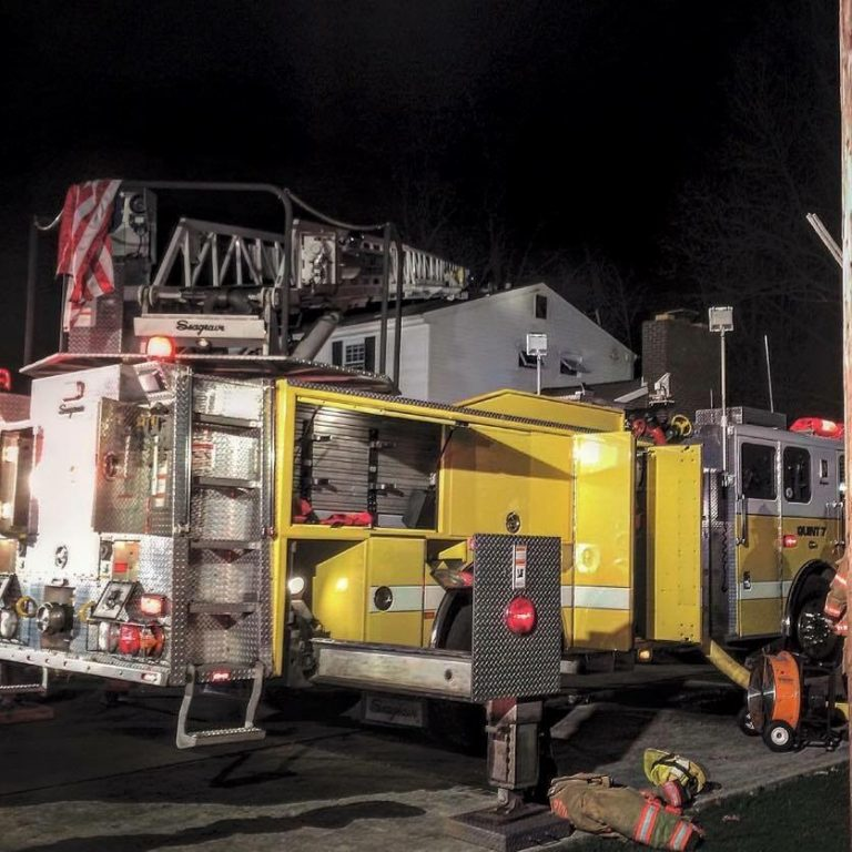 PT Paintertown 11 Engine at Night in Action